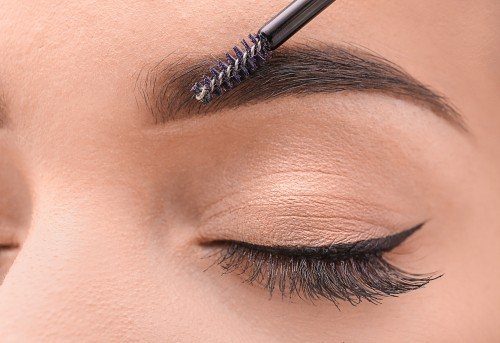 Amazing Eye Makeup Tricks Everyone Should Know