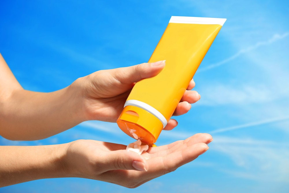 Can Sunscreen Help Prevent Signs of Aging?