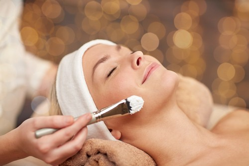 7 Reasons to Book a Facial